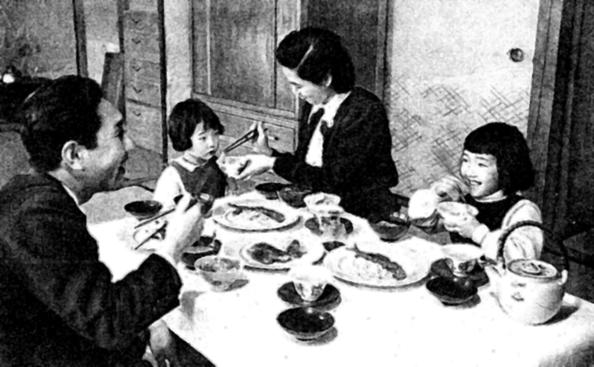 50年代の日本の一般家庭の様子